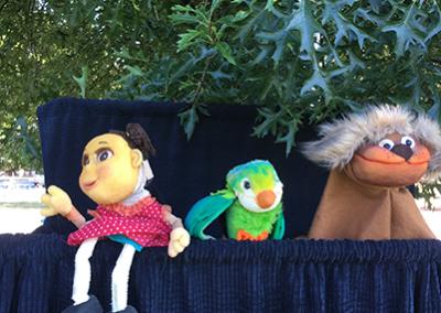 Harvest-celebration-puppets- Clarita, Verde Verde & Paquito !